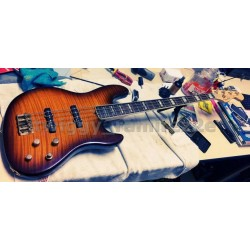 Fender jazz bass DELUXE Fmt w/case manuals